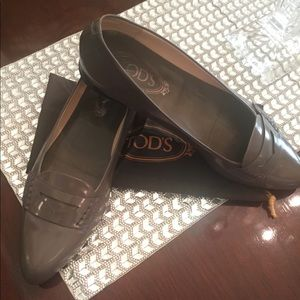 Tod's Penny Loafer Flats - Gray